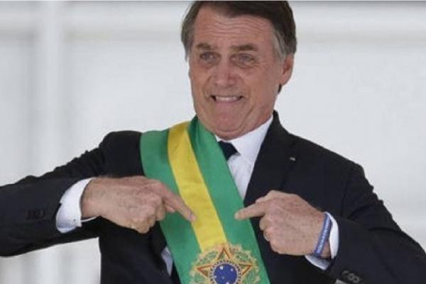 """Bolsonaro fala em """"fofocas da imprensa"""" ao se pronunciar sobre as falas do jornalista Lauro Jardim"""