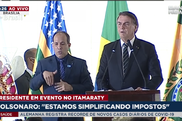 Presidente Bolsonaro afirmou que não aumentará impostos