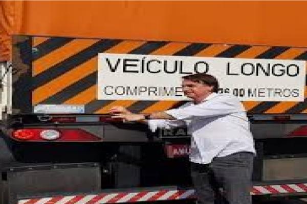"""Bolsonaro fala sobre Greve dos caminhoneiros: """"Eu fui em cima da Petrobrás"""""""
