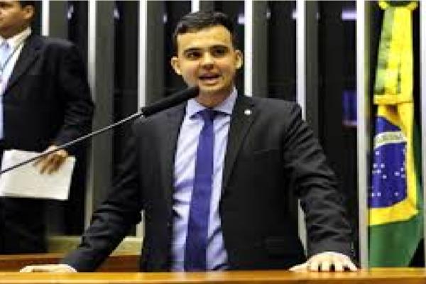 """PSL expulsa 2 Bolsonaristas e Cabo Junio reage """"Em breve o partido voltará a ser o que era: nanico"""""""