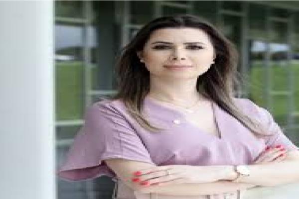 Deputada Caroline De Toni protocola PL que retira imunidade das redes sociais em censurar os usuários