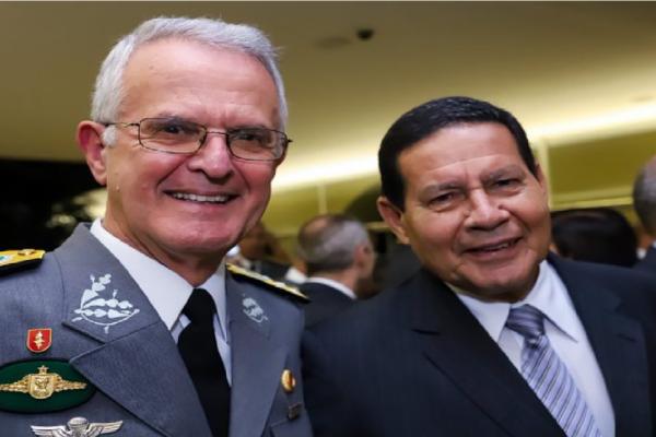 """General Mourão lamenta morte do General Miotto e diz """"Deixa saudades e um legado"""""""
