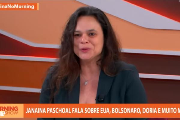 """Janaína Paschoal comenta atitude de Doria em relação a Coronavac e diz """"Não me parece adequado querer dizer que a vacina é sua"""""""