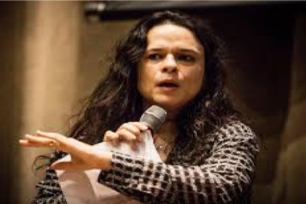 """Janaína Paschoal critica governador de AM e diz """"Eu não me conformo com o fato de um governador permitir faltar oxigênio para seu povo"""""""