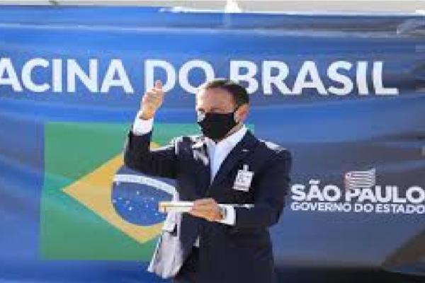 João Doria comemora registro de 197 mil pessoas vacinadas no estado de SP