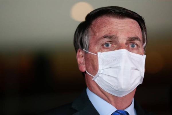 Bolsonaro: Governo estuda auxílio emergencial apenas por alguns meses
