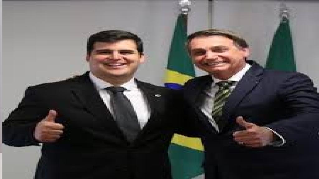 """Bruno Engler comenta anuncio de Bolsonaro sobre armas e diz """"Todo cidadão de bem tem o direito de se defender"""""""