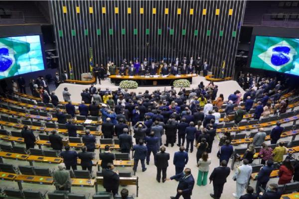 Câmara pode votar nesta terça novo marco legal do mercado de Câmbio
