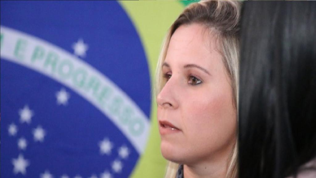 """Deputada sai em defesa de Silveira: """"Eu defendo a inviolabilidade parlamentar"""""""