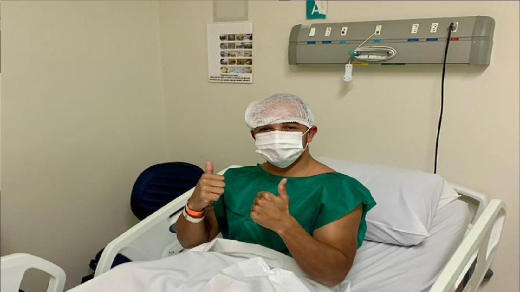Deputado Douglas Garcia irá passar por cirurgia e pede orações