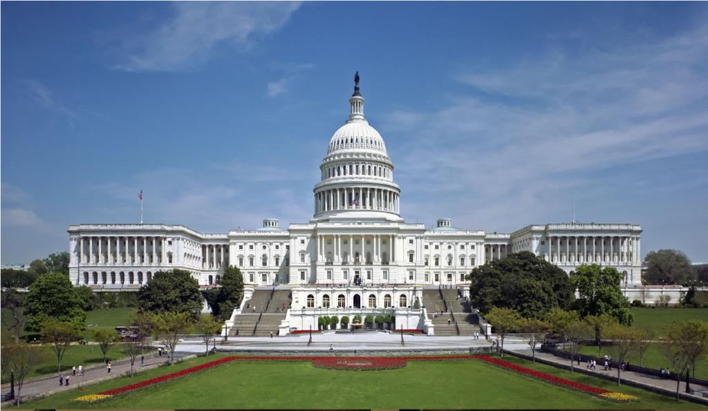 Ex-presidente dos EUA é processado por ataque ao Congresso