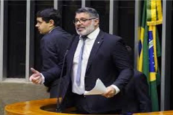 STF nega pedido de Frota contra trabalho presencial na Câmara